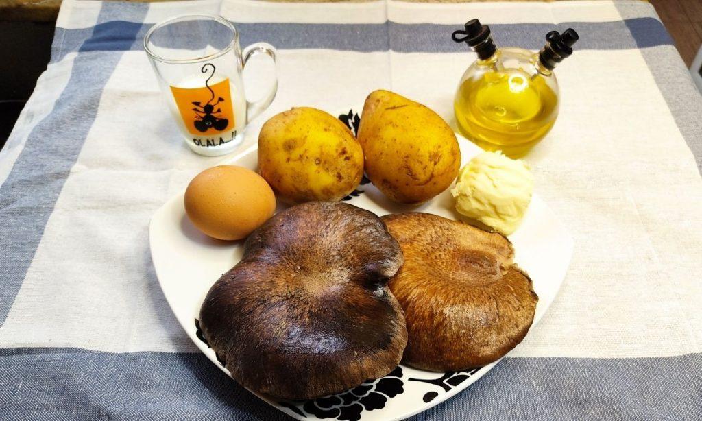 Ingredientes patatas huevo aceite leche mantequilla setas de cardo negro